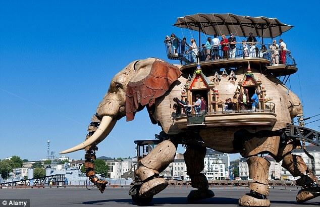 The-Great-Elephant-nantes.